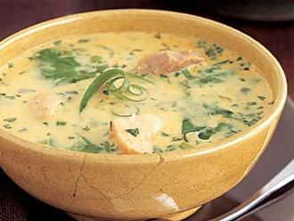 Curry-Hühnchen-Kokosnusssuppe