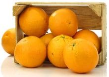 Frische Orangen in einer Box