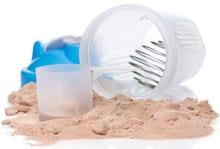 Proteinpulver und Shaker