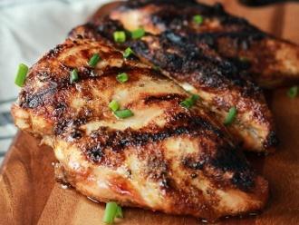 Das beste Rezept für gegrilltes Hähnchen mit Spice Rub