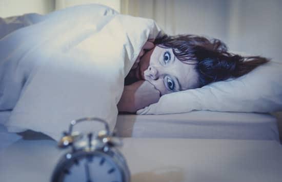Frau, die nicht schlafen kann